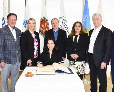 Visite de la présidente de la CMM à Longueuil | Communauté métropolitaine de Montréal (CMM)