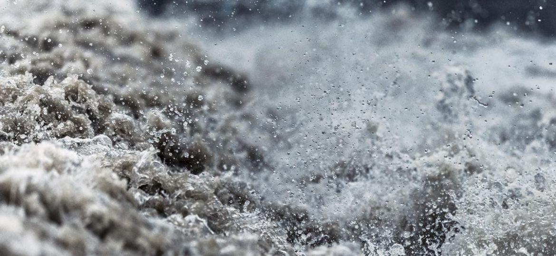 Crue rapide, eau trouble